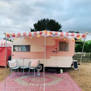 Our-1964-Rosie-Oasis-Vintage-Glamper-awning